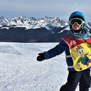 Anfängerfreuden: Wann lernen Kinder Skifahren?